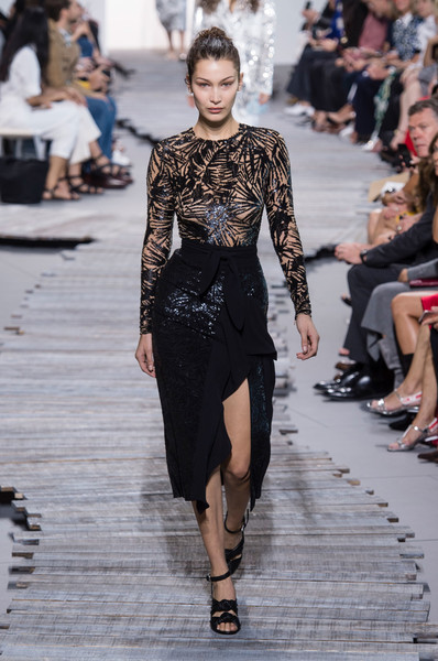 e72170b9faf7 Michael Kors Spring 2018 Runway Pictures - Livingly