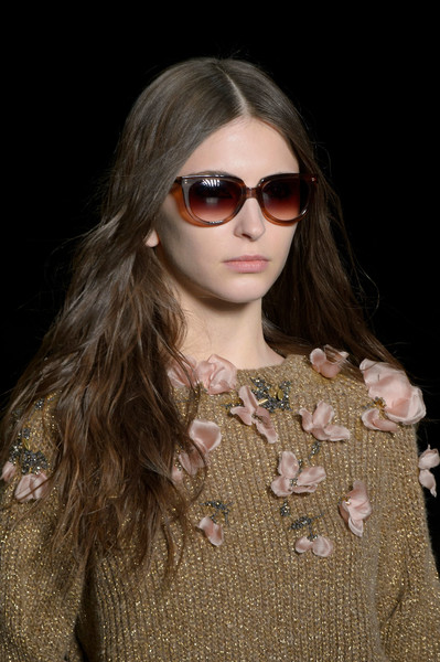 Monique Lhuillier at New York Fall 2016 (Details) [eyewear,hair,sunglasses,fashion,glasses,fashion model,hairstyle,lip,beauty,vision care,monique lhuillier,fashion,model,happiness,runway,fashion model,hairstyle,glasses,new york fashion week,yves saint laurent,full house of happiness,yves saint laurent,hedi slimane,model,fashion,2016,runway,headband]