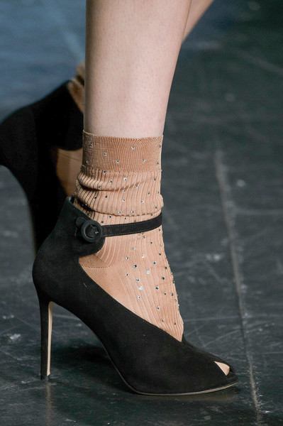 Monique Lhuillier at New York Fall 2016 (Details) [footwear,high heels,fashion,shoe,ankle,leg,close-up,haute couture,joint,human leg,shoe,shoe,footwear,monique lhuillier,fashion,runway,entertainment,lifestyle,trivia,new york fashion week,fashion,shoe,high-heeled shoe,sandal,runway,miu miu,entertainment,lifestyle,trivia]