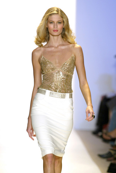 Monique Lhuillier at New York Spring 2005 [fashion model,fashion show,clothing,fashion,hair,runway,blond,dress,shoulder,cocktail dress,cocktail dress,gown,supermodel,fashion,runway,model,haute couture,photo shoot,new york fashion week,fashion show,runway,fashion show,model,supermodel,haute couture,fashion,cocktail dress,photo shoot,gown,socialite]