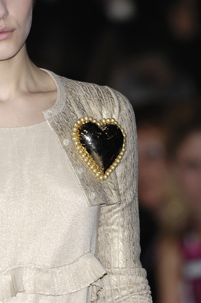 Moschino at Milan Fall 2007 (Details)