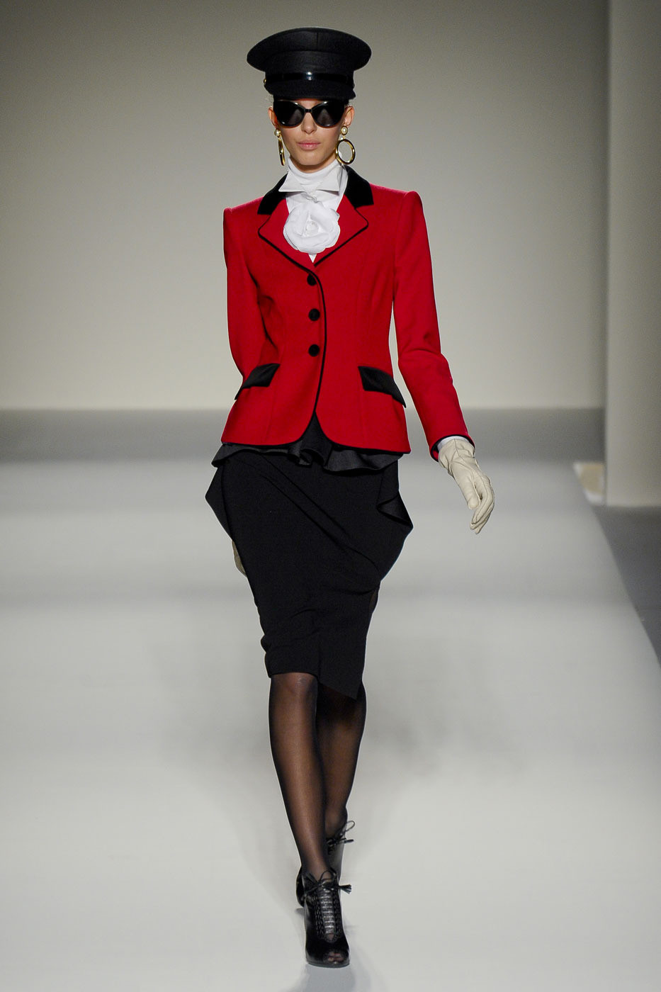 Moschino at Milan Fashion Week Fall 2011