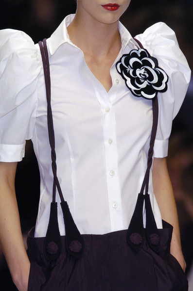 Moschino at Milan Spring 2006 (Details)