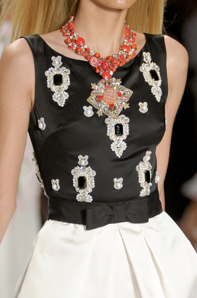 Naeem Khan at New York Spring 2011 (Details)
