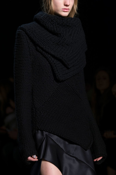 Narciso Rodriguez at New York Fall 2016 (Details) [clothing,fashion model,fashion,neck,outerwear,fashion show,shoulder,runway,sleeve,sweater,supermodel,socialite,narciso rodriguez,fashion,runway,model,haute couture,clothing,new york fashion week,fashion show,runway,fashion show,model,fashion,supermodel,haute couture,socialite]