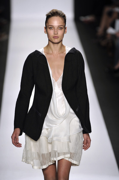 Narciso Rodriguez at New York Spring 2010 [fashion show,fashion model,fashion,runway,clothing,white,beauty,outerwear,public event,haute couture,dress,socialite,supermodel,runway,fashion,haute couture,model,new york fashion week,fashion show,graduation ceremony,runway,fashion show,model,supermodel,fashion,haute couture,socialite,graduation ceremony,dress]