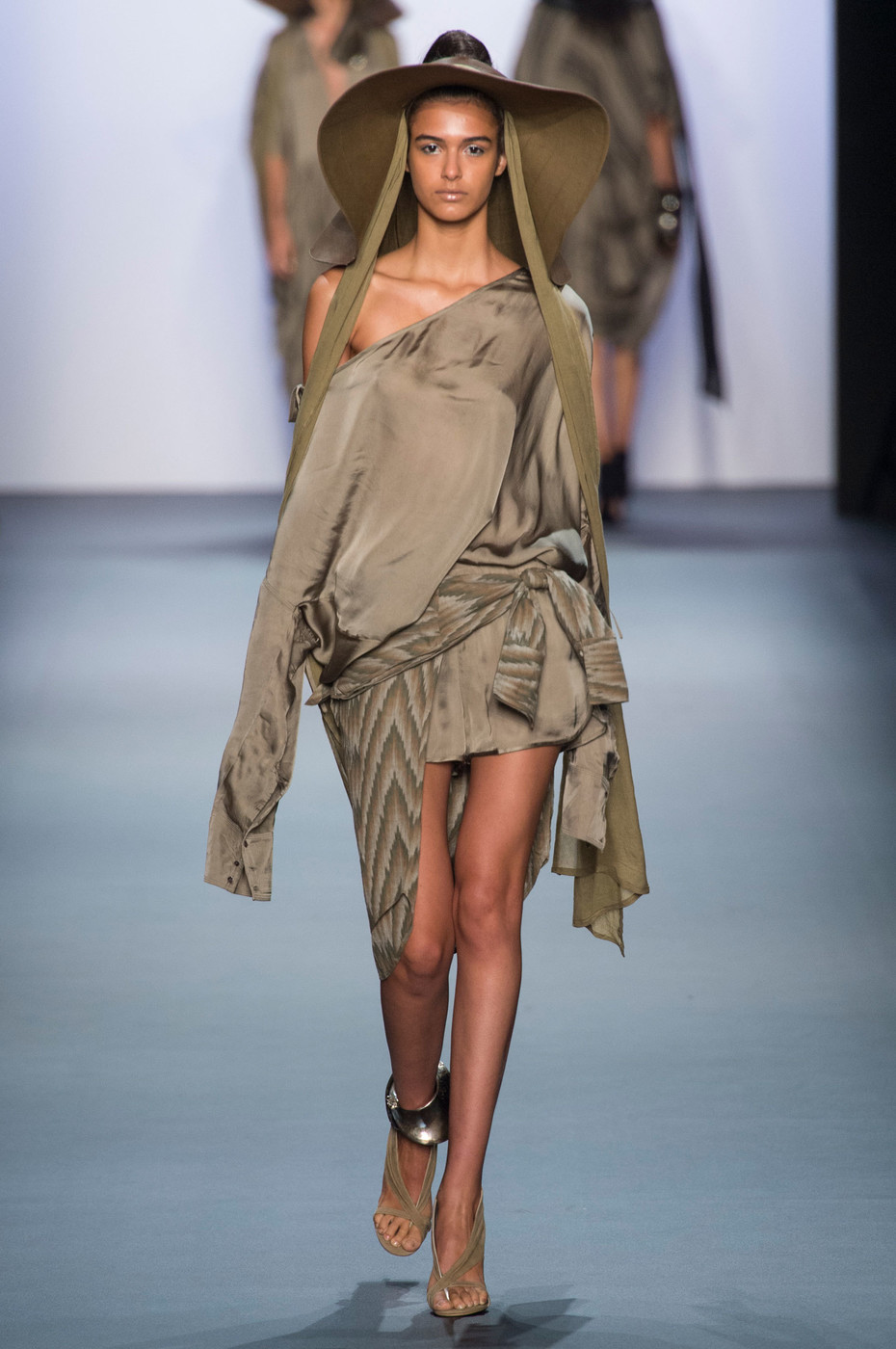 Nicholas K Spring 2018 Ready-to-Wear Collection - Vogue 31