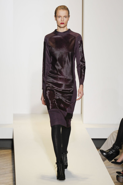 Nicole Farhi at London Fall 2011