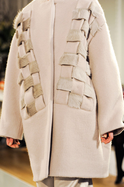 Nicole Farhi at London Fall 2014 (Details) [clothing,white,coat,outerwear,fashion,overcoat,beige,trench coat,haute couture,street fashion,outerwear,nicole farhi,fashion,haute couture,beige,coat,clothing,model,white,london fashion week,haute couture,model,beige,fashion]