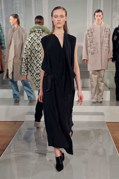 Nicole Farhi at London Fall 2014