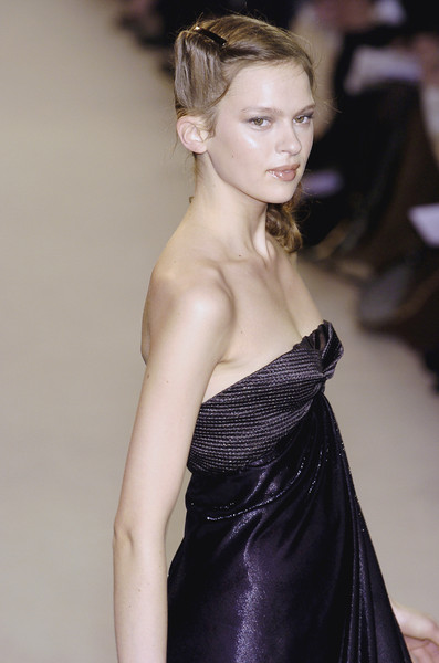 Nina Ricci at Paris Fall 2004