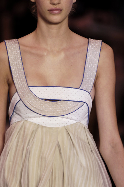 Nina Ricci at Paris Spring 2006 (Details)