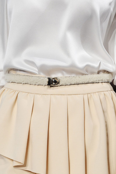 Normaluisa at Milan Fall 2012 (Details)