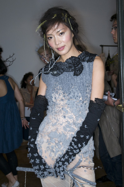 On Aura Tout Vu at Couture Fall 2009 (Backstage)
