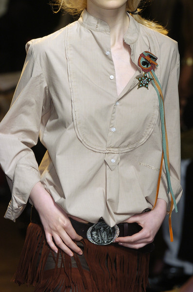 Philosophy di Alberta Ferretti at Milan Fall 2005 (Details)