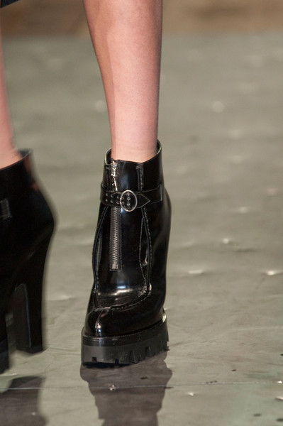 Prada at Milan Fall 2013 (Details)