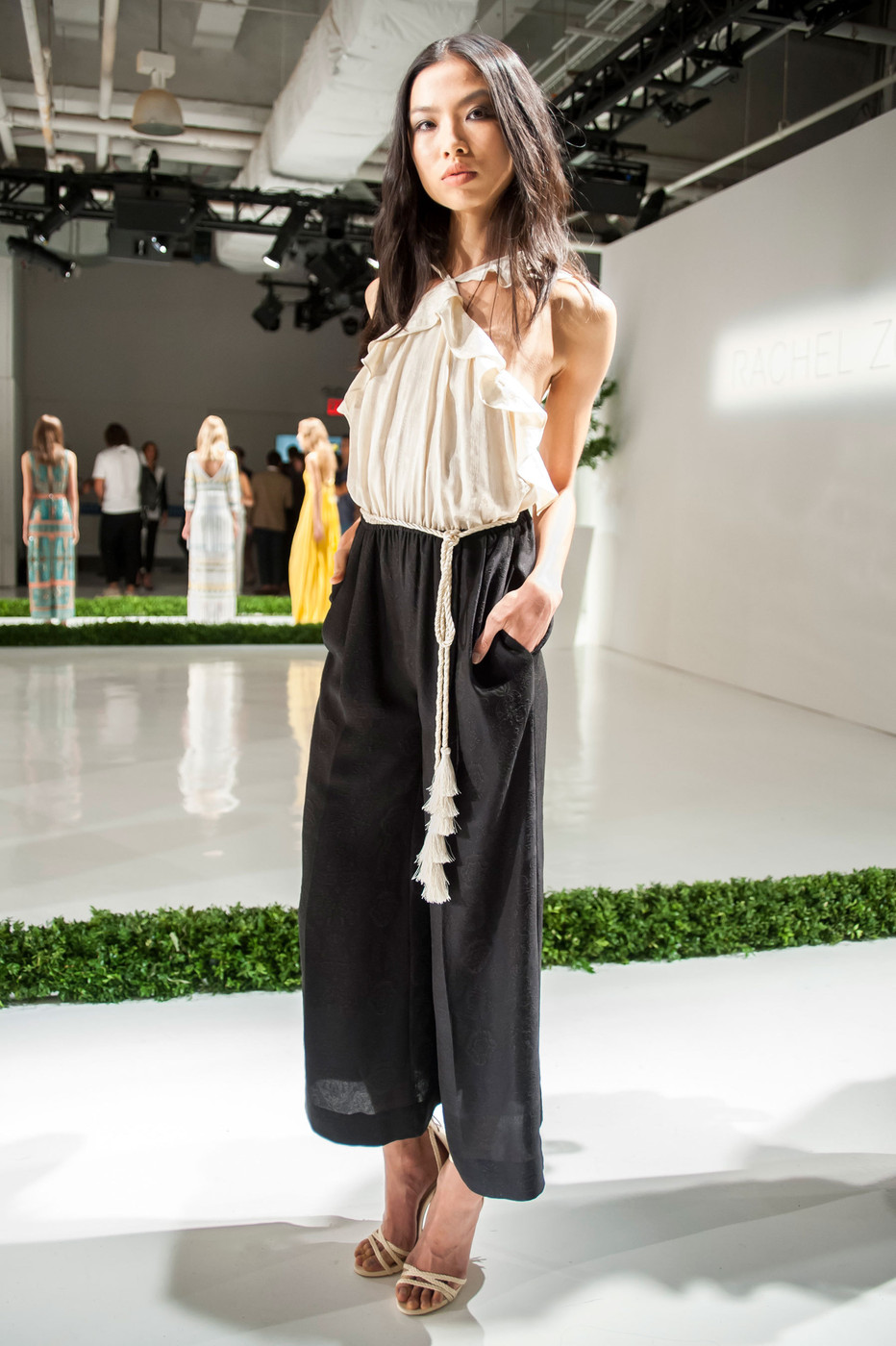 Rachel Zoe At New York Fashion Week Spring 2016 Livingly