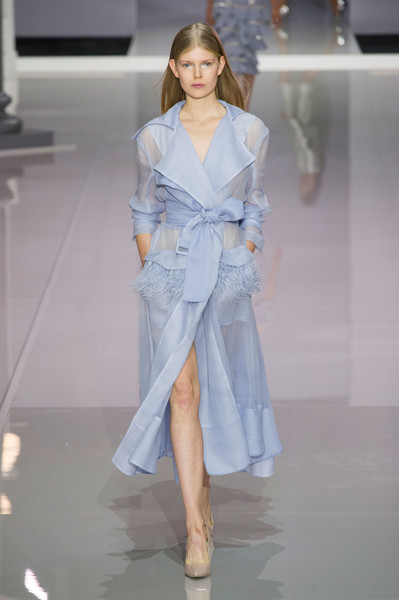 Ralph & Russo at London Spring 2018 [fashion,fashion model,fashion show,clothing,runway,haute couture,shoulder,robe,dress,outerwear,dress,haute couture,clothing,fashion,coat,trench coat,jacket,sleeve,ralph russo,london fashion week,coat,trench coat,fashion,jacket,clothing,blazer,haute couture,dress,double-breasted,sleeve]