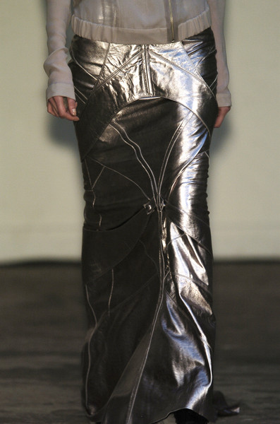 Rodrigues at Paris Fall 2006 (Details)