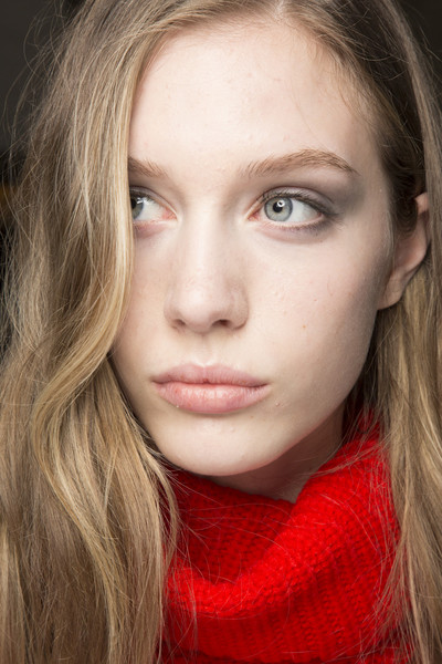 Roland Mouret at London Fall 2018 (Backstage)