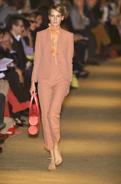 Romeo Gigli at Paris Spring 2001 [fashion,fashion model,fashion show,runway,clothing,suit,event,pink,blazer,pantsuit,romeo gigli,fashion,runway,clothing,fashion design,model,design,haute couture,paris fashion week,fashion show,runway,fashion,fashion design,romeo gigli,fashion show,haute couture,model,clothing,supermodel,design]