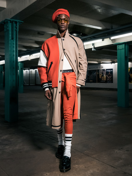 Romeo Hunte at New York Fall 2021 [sleeve,street fashion,hat,collar,headgear,fashion design,cap,blazer,workwear,smile,shoe,collar,romeo hunte,fashion,suit,coat,model,headgear,fashion design,new york fashion week,fashion,suit,coat,ready-to-wear,shoe,womens wear daily,model,blog]