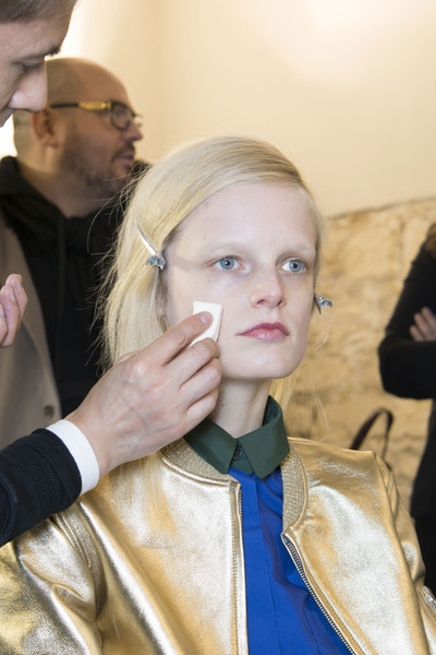 Rue du Mail at Paris Fall 2013 (Backstage)