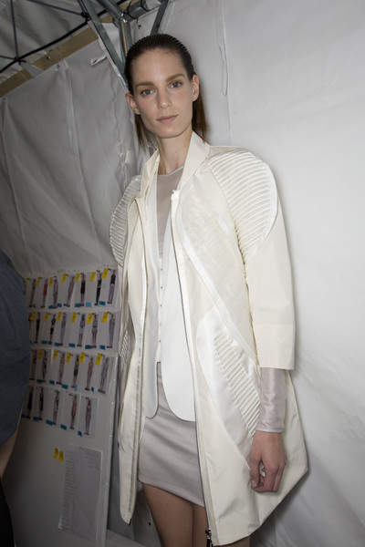 Rue du Mail at Paris Spring 2009 (Backstage)
