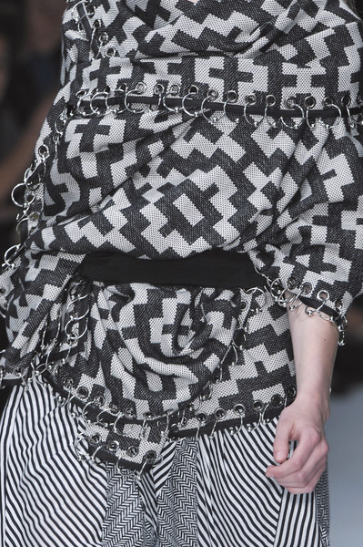 Sass & Bide at London Spring 2010 (Details)