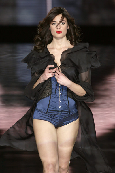 Seduzioni Diamonds Valeria Marini at Milan Fall 2008