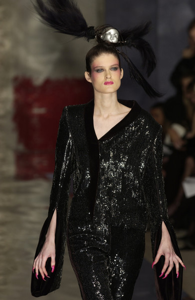 Seredin & Vasiliev at Couture Spring 2002 [couture spring 2002,fashion model,fashion,fashion show,runway,clothing,haute couture,lip,event,dress,model,supermodel,fashion,seredin,haute couture,runway,model,fashion model,vasiliev,fashion show,runway,fashion show,model,fashion,haute couture,supermodel]