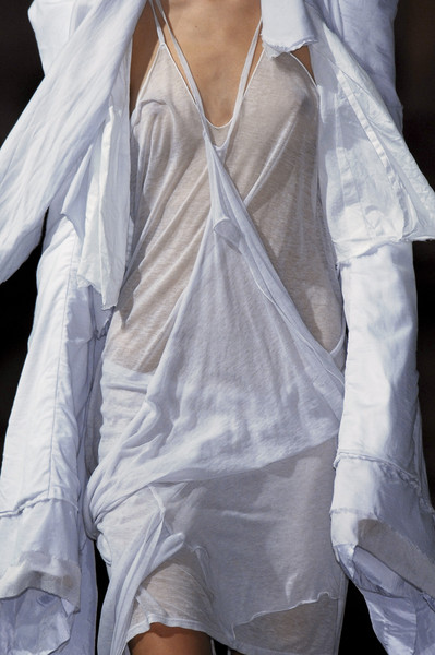 Sharon Wauchob at Paris Spring 2007 (Details)