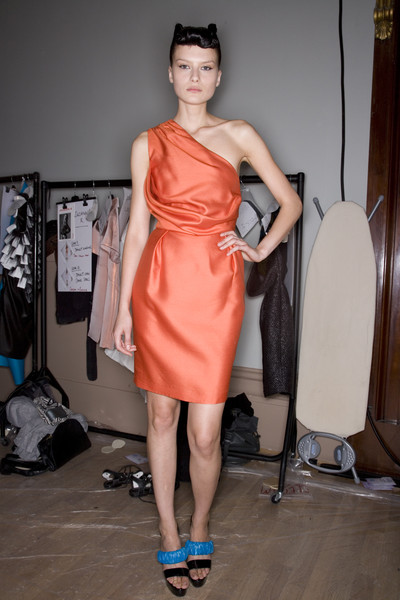 Sinha-Stanic at London Spring 2008 (Backstage)
