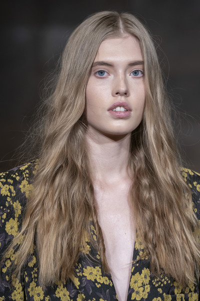Snow Xue Gao Clp Ter at New York Fall 2019 (Details)