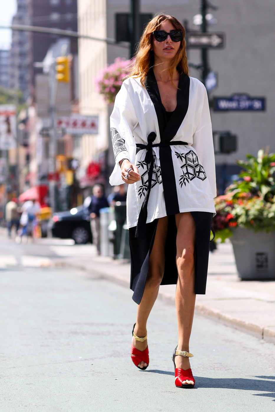 Kimono Cool Best Street Style From New York Fashion Week Spring 2015 Livingly