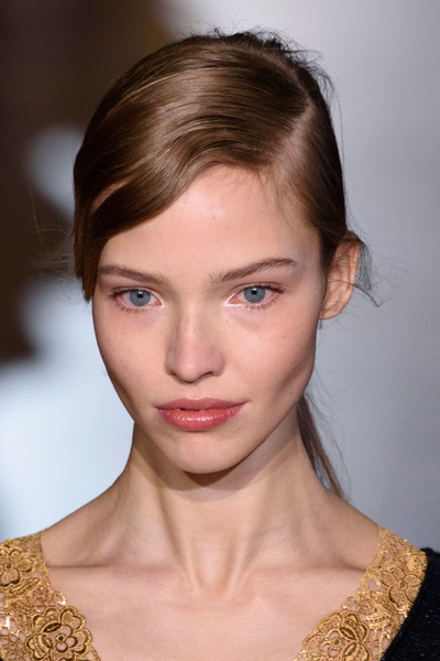 Stella McCartney at Paris Fall 2016 (Details) [hair,face,eyebrow,hairstyle,lip,chin,beauty,forehead,cheek,fashion,supermodel,stella mccartney,sasha luss,model,fashion,celebrity,hairstyle,face,city,paris fashion week,sasha luss,model,supermodel,valerian and the city of a thousand planets,paris fashion week,chanel,celebrity,fashion,haute couture]