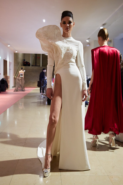 Stéphane Rolland at Couture Spring 2020 (Backstage) [gown,dress,stephane rolland,wedding dress,haute couture,fashion,runway,party,couture spring 2020,fashion show,wedding dress,fashion show,haute couture,fashion,st\u00e9phane rolland,cocktail dress,supermodel,gown,bridal party dress,runway]