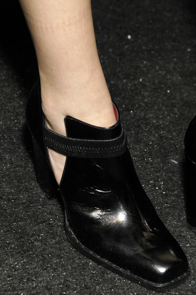 Strenesse at New York Fall 2006 (Details)