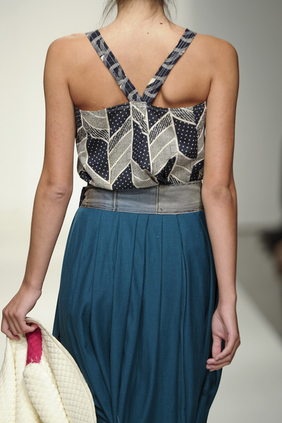 Susan Cianciolo at New York Spring 2011 (Details)