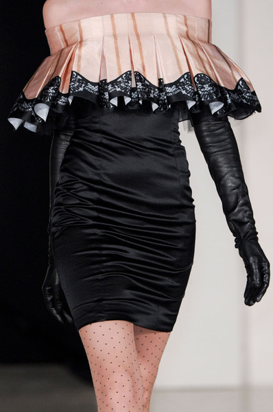 Temperley London at London Fall 2011 (Details)