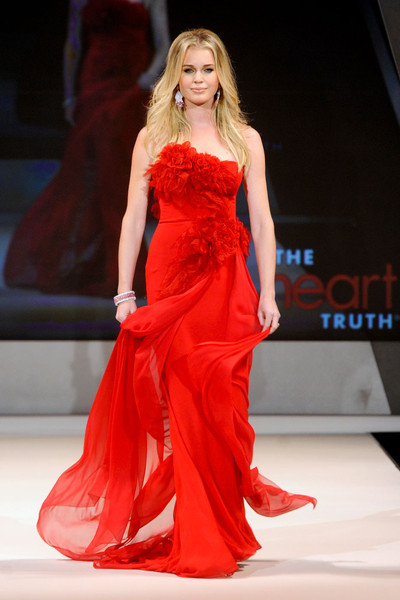The Heart Truth Red Dress Collection At New York Fall 2017