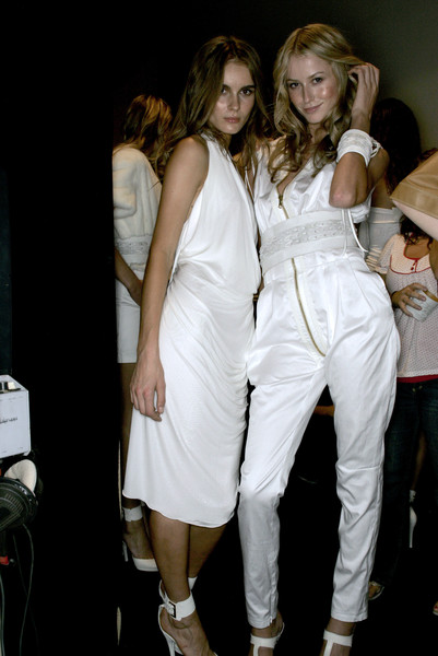 Thes & Thes at Milan Spring 2007 (Backstage)