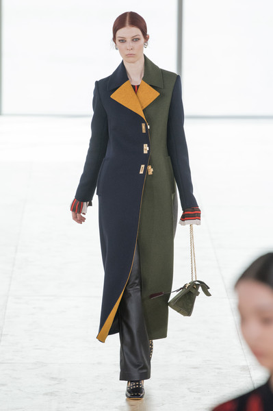 Tory Burch at New York Fall 2019 [fashion,clothing,runway,fashion show,standing,overcoat,formal wear,outerwear,suit,uniform,tory burch,fashion,runway,clothing,fashion week,standing,tory burch llc,new york fashion week,fashion show,paris fashion week,new york fashion week,fashion,runway,fashion week,tory burch llc,paris fashion week,fashion show,clothing,ready-to-wear]