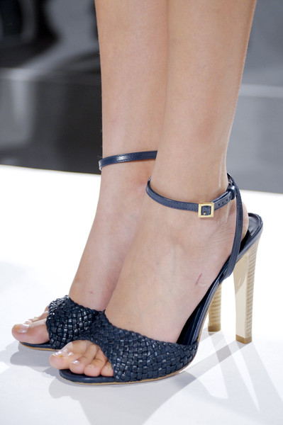 Tory Burch at New York Spring 2011 (Details)