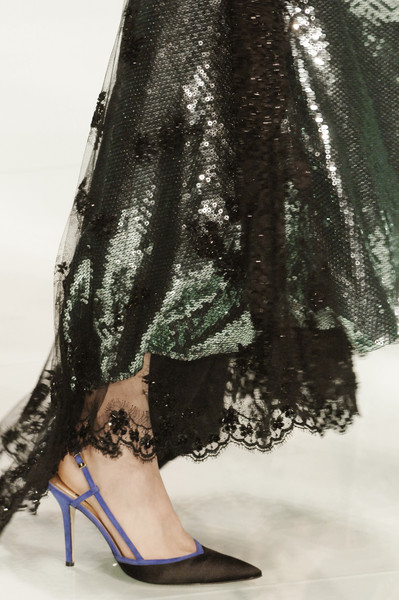 Valentin Yudashkin at Milan Fall 2006 (Details)