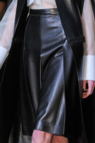 Valentino at Paris Fall 2012 (Details)