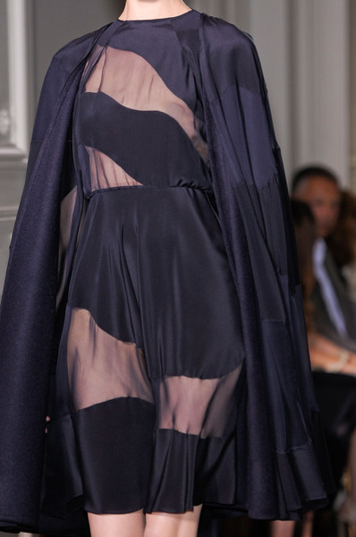 Valentino at Couture Fall 2012 (Details)