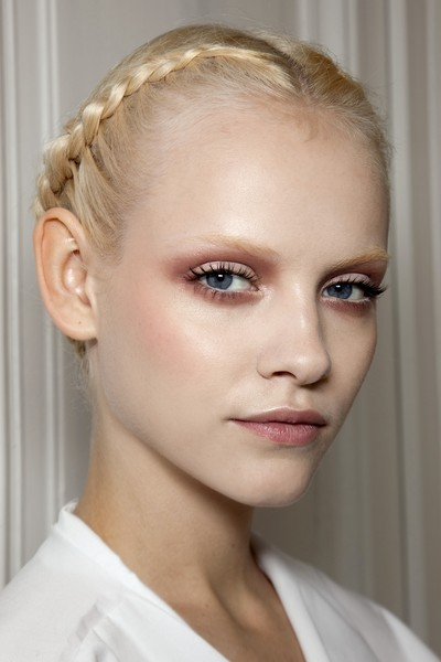 Valentino at Couture Spring 2011 (Backstage) [hair,face,eyebrow,hairstyle,lip,chin,beauty,skin,fashion,forehead,valentino,ginta lapi\u0146a,beauty,hair,fashion,haute couture,runway,eye shadow,lip,couture spring 2011,ginta lapi\u0146a,haute couture,runway,beauty,valentino,fr\u00fchjahr 2011,hair,fashion,eye shadow]