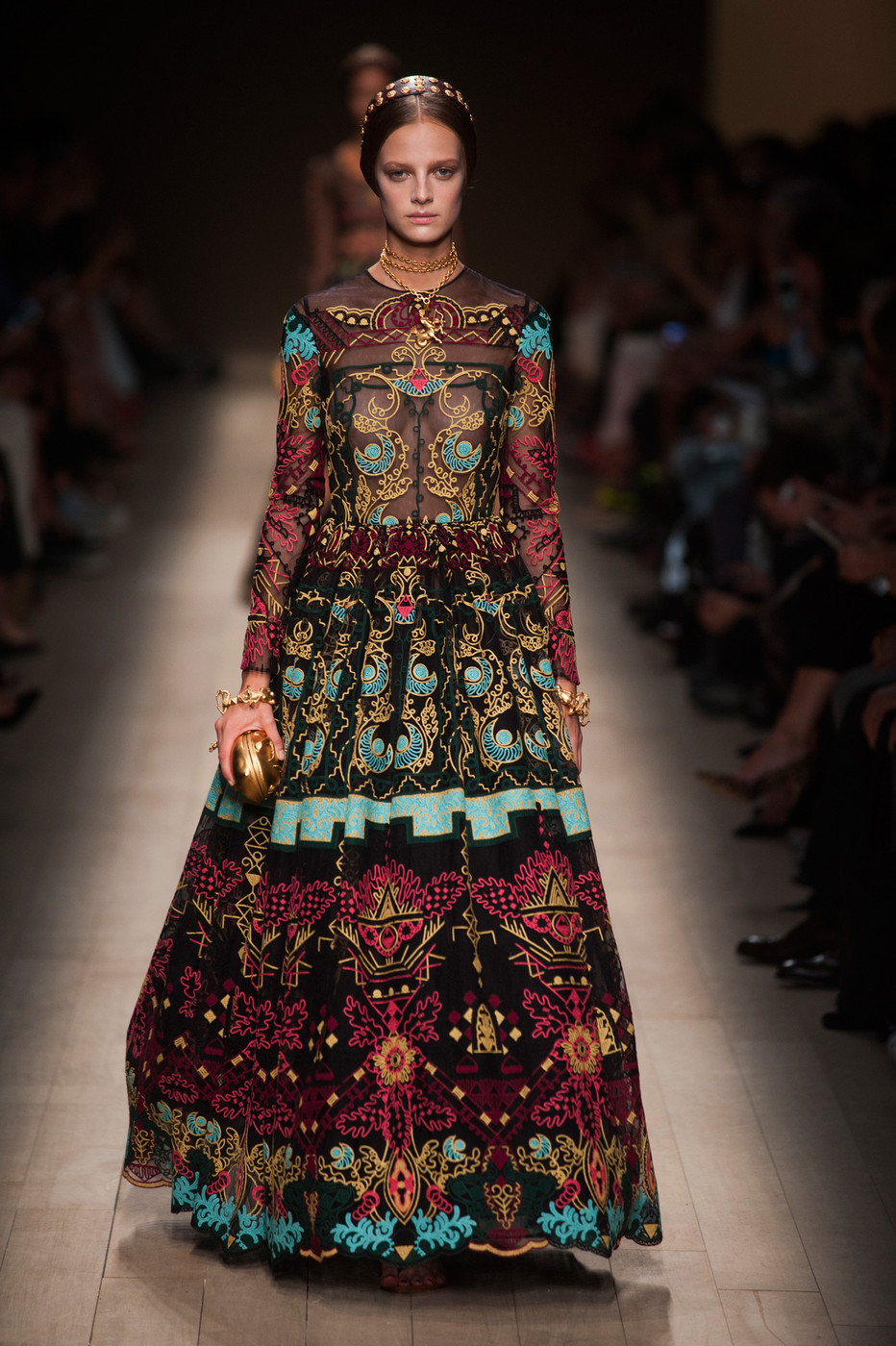 Valentino Spring 2014 Runway Pictures Livingly