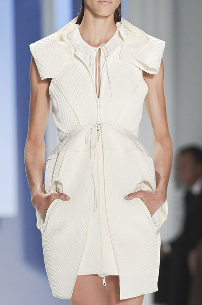 Vera Wang at New York Spring 2012 (Details)